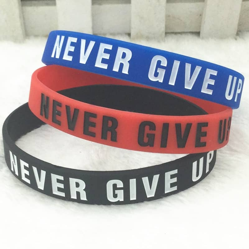 """Never Give Up"" Motivational Bracelet"